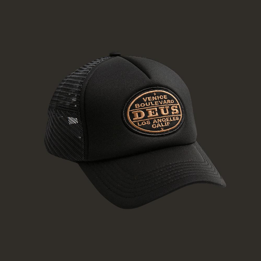 Deus Certified Trucker - black