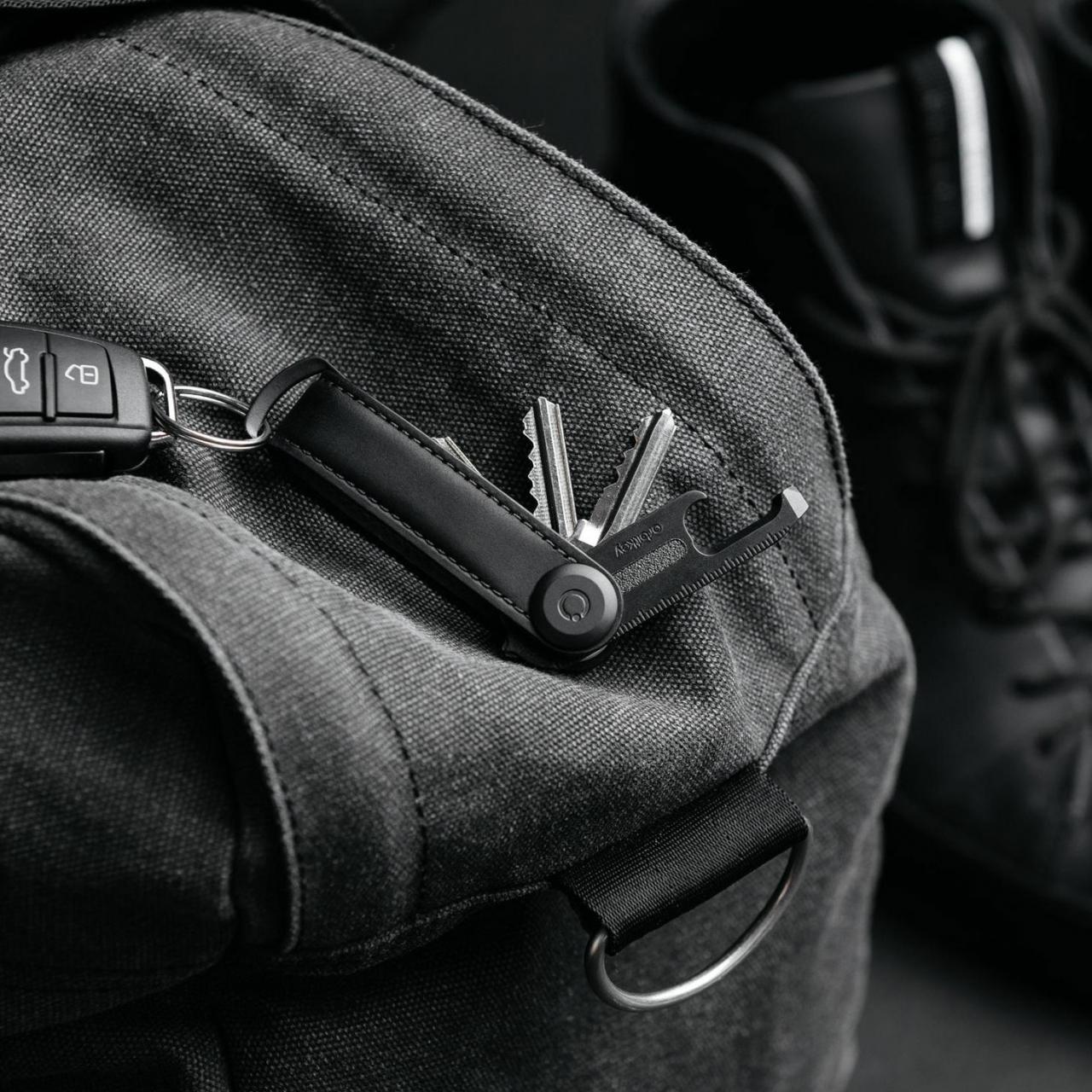Orbitkey 2.0 Saffiano All Black Limited Edition