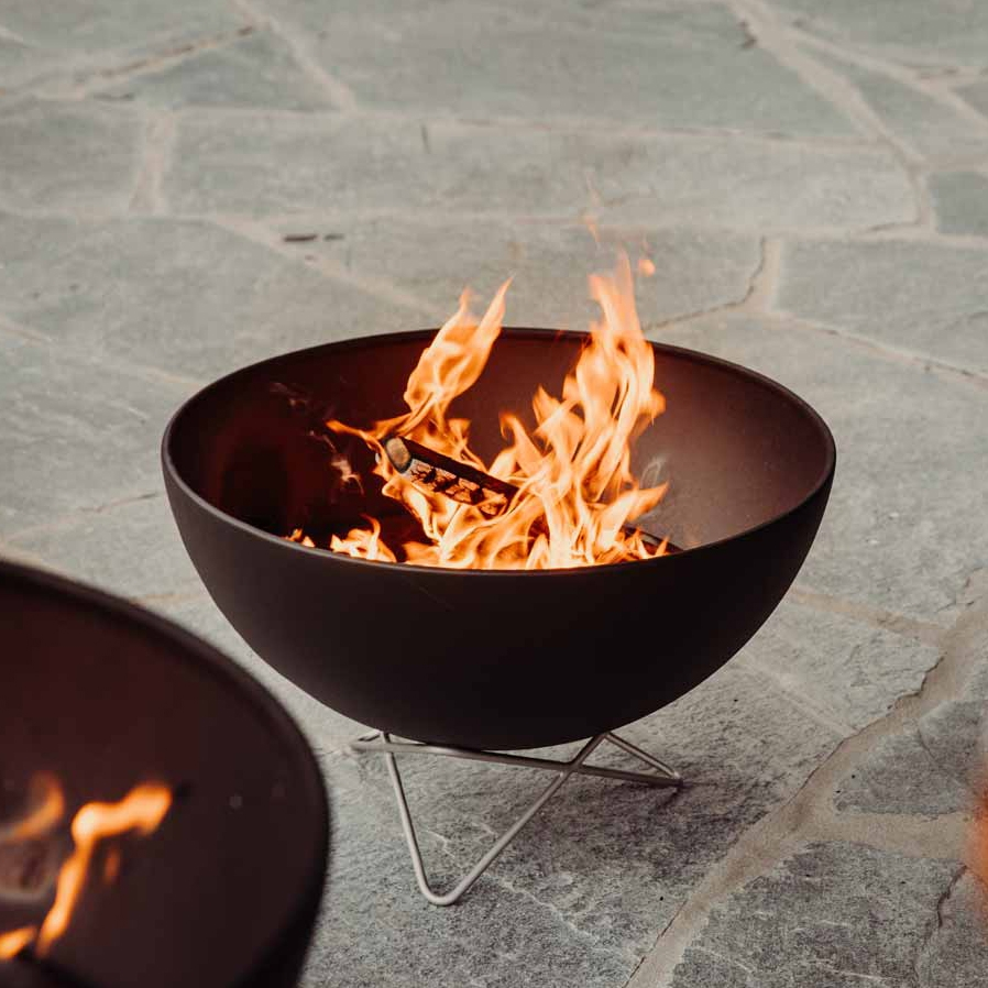 BOWL Fire Bowl with Wire Base